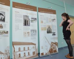 """Miniaturbild zu:""""Ma Tovu…"""". Synagogen in Schwaben. Wanderausstellung vom 20. Juni - 24. August 2016"""