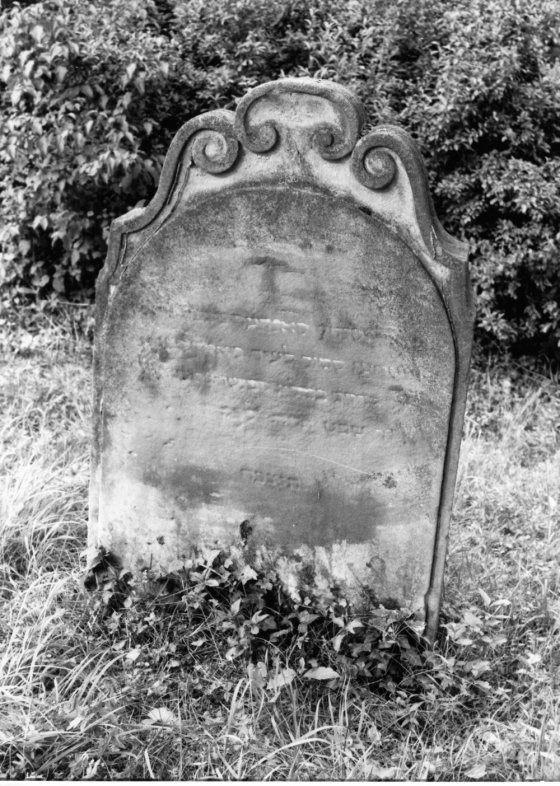 Grabstein vom jüdischen Friedhof in Heidingsfeld, Aufnahme von 1996